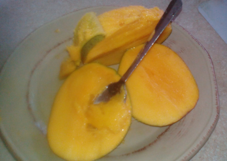 Well-known Five Ways We Eat Jamaican Julie Mangoes – Suz and Tell GF65